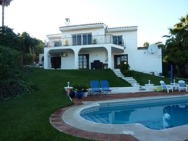 Villa for sale in C/Esmeralda 74, Los Hidalgos (Manilva), 756.000 €