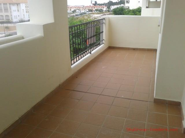 Apartment for sale in Residencial Duquesa (La Duquesa), 125.400 € (Ref.: A1174)