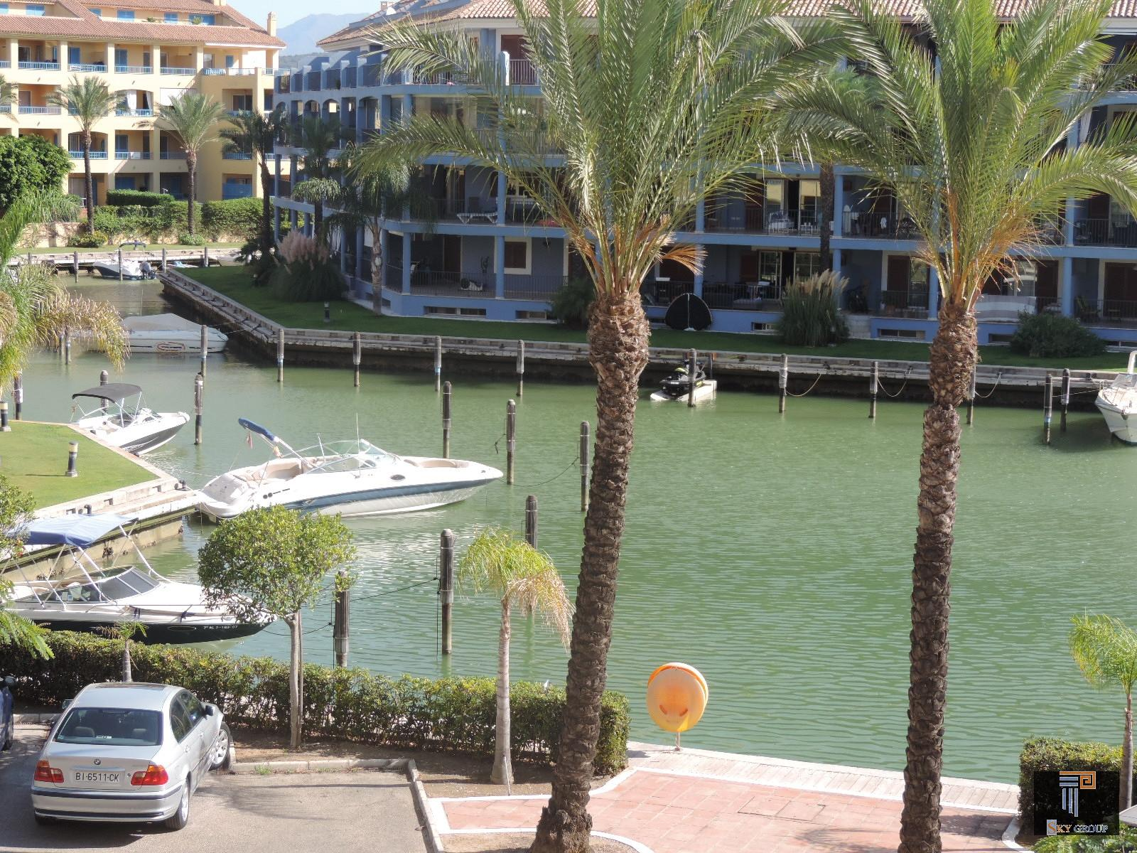 Luxury Apartment for rent in Sotogrande, 1.200 €/month (Ref.: R1602A)
