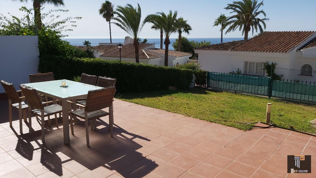 Chalet in vendita a Duquesa Golf (La Duquesa), 325.000 €